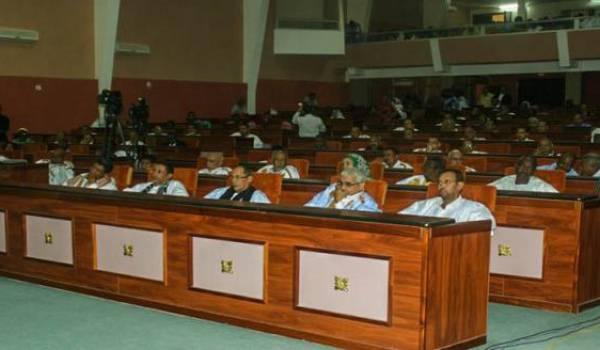 Mauritanie : suppression du Sénat et limitation à deux mandats présidentiels