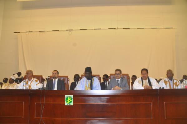 Le ministre des Affaires islamiques supervise l'ouverture du colloque sur l'humanisme de l'Islam
