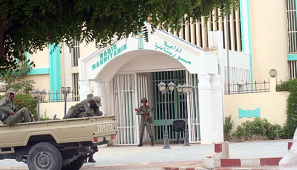 Appels sur les antennes de radio Mauritanie pour manifester contre les sénateurs