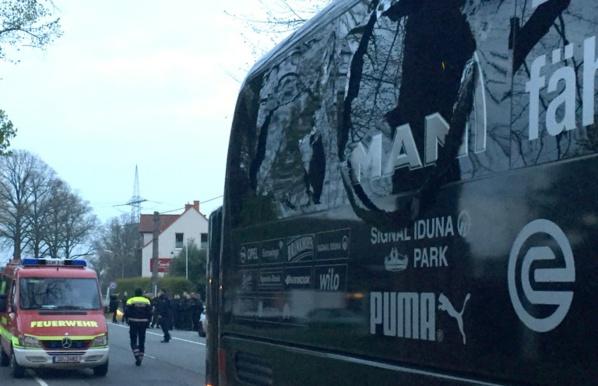 Ligue des champions: le bus des joueurs de Dortmund touché par des explosions, Bartra blessé