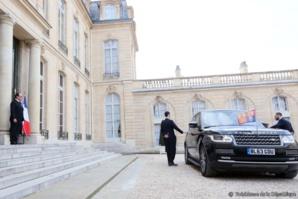 L'ignorance et le complexe de certains maures salissent la visite d'Aziz à Paris…