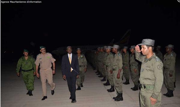 Le ministre de la Défense salue la troisième unité de la gendarmerie nationale à son départ de Nouakchott pour la République de Centrafrique
