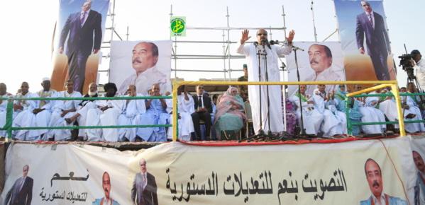 """Le président de la République à Nouadhibou :"""" Les conseils régionaux permettront la réalisation d'un développement local équilibré et équitable"""""""