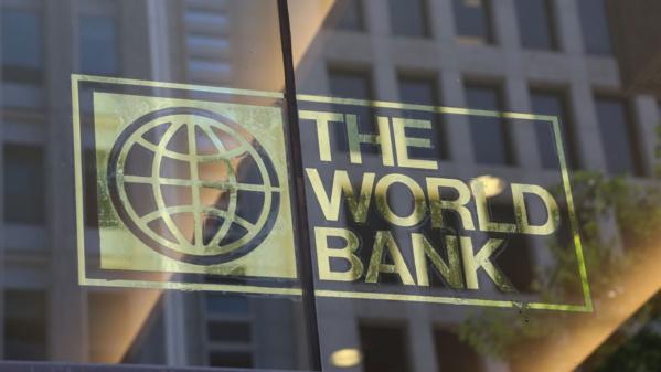 Le ministre de l'Economie et des Finances reçoit une délégation de la Banque mondiale