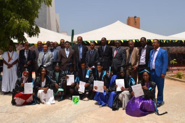 Sortie de la première promotion de techniciens supérieurs de l'école supérieure multinationale des télécommunications