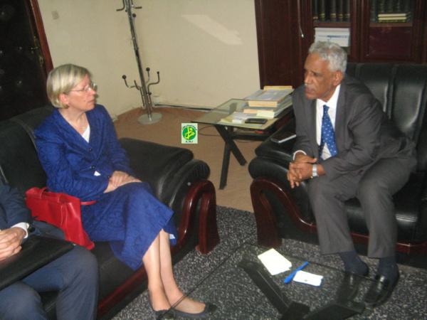Le ministre de la Justice reçoit une mission de l'Organisation internationale de la Migration