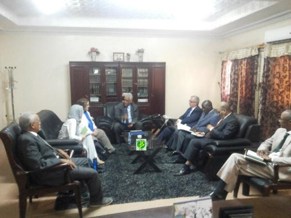 Le ministre de la Justice reçoit une délégation du secrétariat d'Etat américain