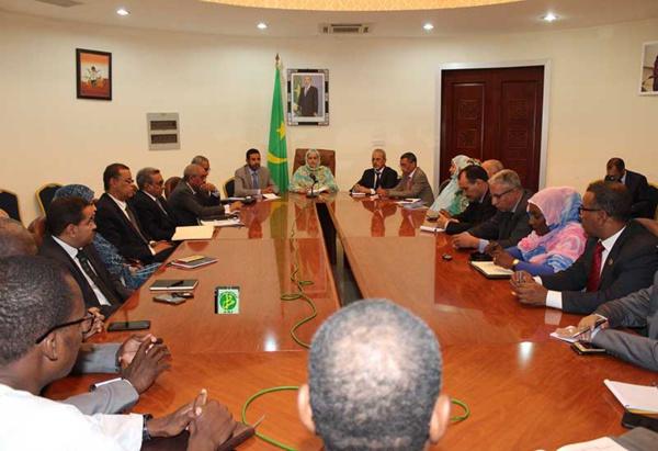 La ministre secrétaire générale du gouvernement tient une réunion avec les secrétaires généraux des ministères