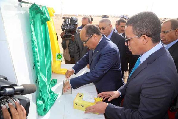 Le Président de la République pose la première pierre du projet de la ligne électrique 225/90 reliant Nouakchott à Nouadhibou