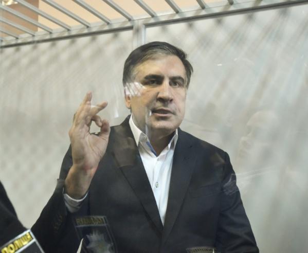 Ukraine: un tribunal libère l'opposant Saakachvili