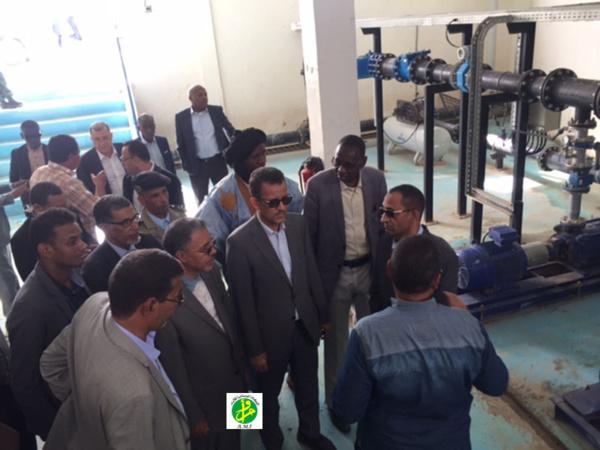 Le ministre de l'Hydraulique et de l'Assainissement s'informe sur l'avancement des travaux au niveau du projet Aftout-Chergui