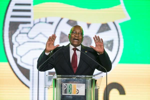 Afrique du Sud: Zuma quitte la tête de l'ANC en déplorant son déclin