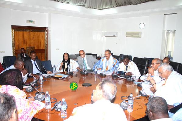 La commission de la justice et de l'intérieur discute du projet de loi pénalisant la discrimination