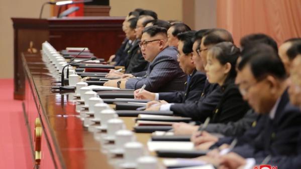 """Pyongyang voit un """"acte de guerre"""" dans les nouvelles sanctions de l'ONU"""