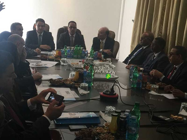 Le directeur général adjoint du FMI visite la zone franche et certains services relevant de la SNIM à Nouadhibou