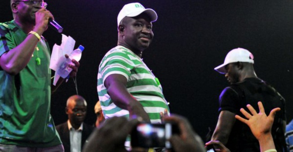 Présidentielle/Sierra Leone: l'opposition en tête, second tour le 27 mars