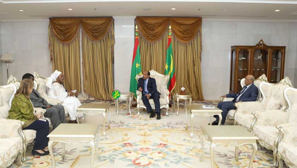 Le Président de la République reçoit la présidente et les membres de la CADHP