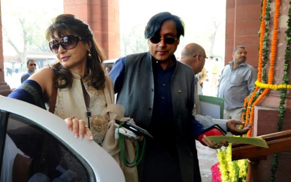 Inde: un célèbre homme politique inculpé pour la mort de son épouse