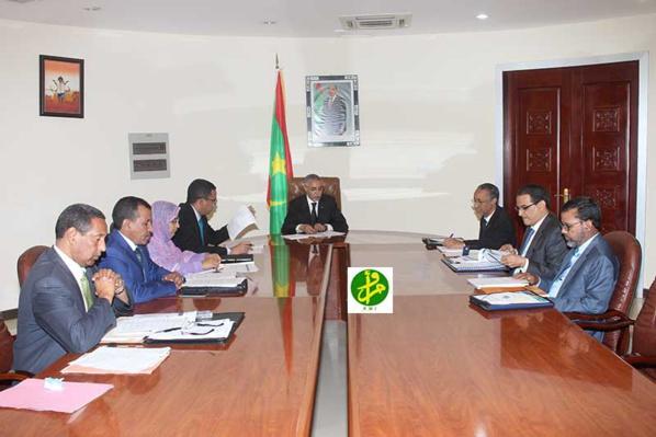Le Premier ministre préside une réunion interministérielle pour l'examen des mesures ITIE