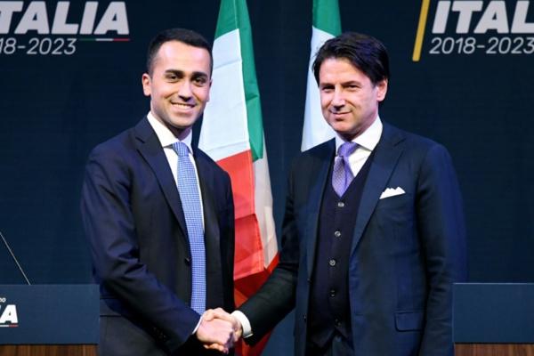 Italie: coup de frein sur la formation du gouvernement populiste