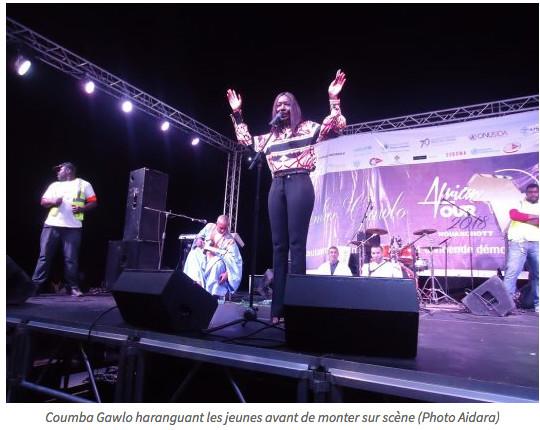 Concert à Nouakchott, Coumba Gawlo fait le plein au stade de Sebkha