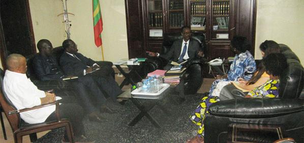 Le ministre de la Justice s'entretient avec une mission de l'Union Africaine