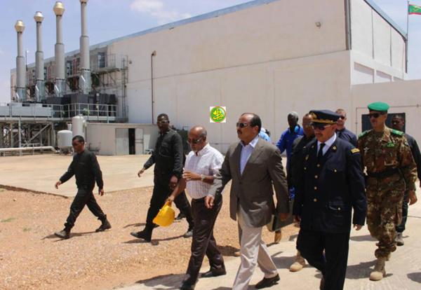 Le Président de la République visite la centrale hybride de Kiffa