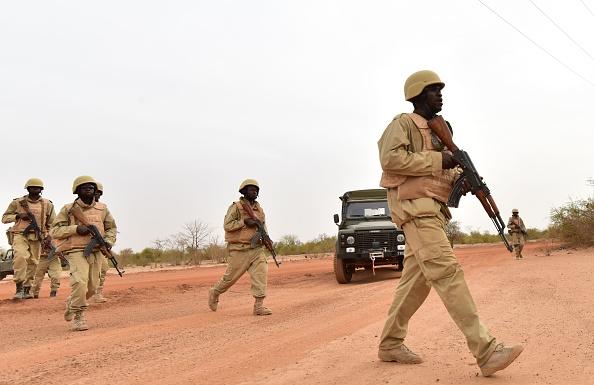 Burkina : 7 membres des forces de sécurité tués par des explosions d' engins artisanaux
