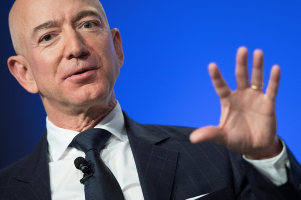 Jeff Bezos va investir plus d'un milliard de dollars dans sa compagnie spatiale en 2019