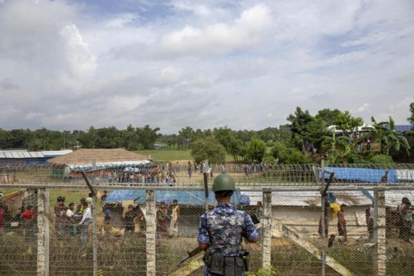 """Birmanie: le """"génocide"""" des Rohingyas continue, selon un enquêteur onusien"""
