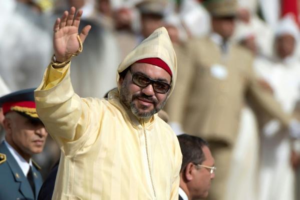 """Le roi du Maroc propose à l'Algérie un dialogue """"direct et franc"""""""