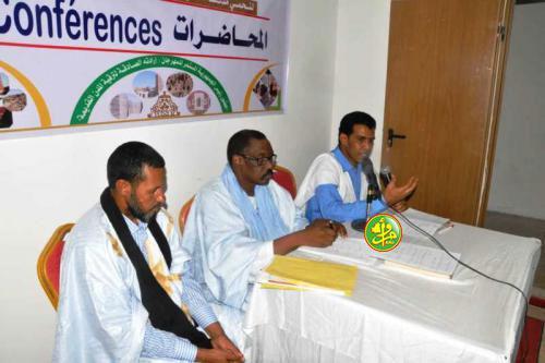 Le ministre de la culture supervise à Oualata la présentation d'une conférence
