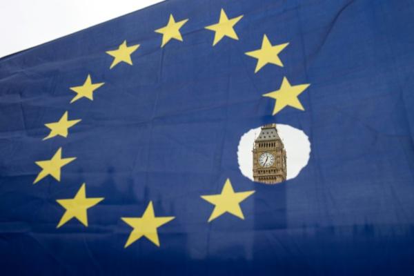 """Les Européens prêts à sceller un divorce """"tragique"""" avec le Royaume-Uni"""