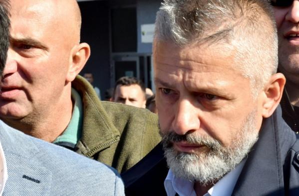 """Bosnie: le """"défenseur de Srebrenica"""" acquitté, colère serbe"""