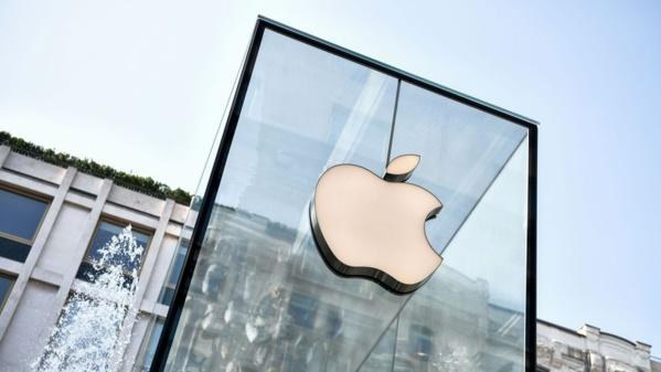 Avec des résultats à la baisse, Apple dévisse en Bourse