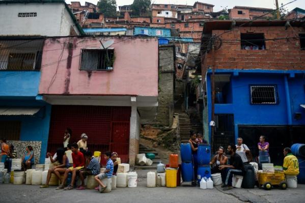 Actualités Au Venezuela, pauvres et riches en quête désespérée d'eau