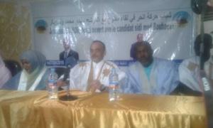 Ould Boubacar face aux jeunes du Mouvement El Hor