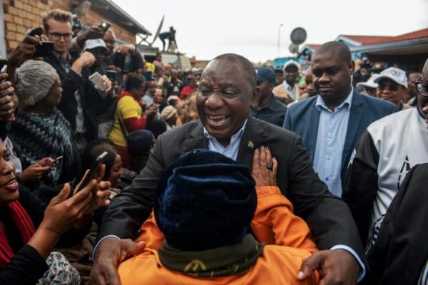 Afrique du Sud: la victoire aux législatives de l'ANC officialisée