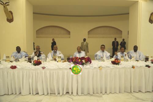 La Présidence de la République offre un banquet-Iftar aux maires de plusieurs communes