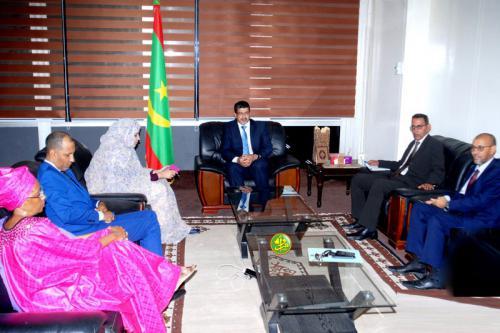 Le ministre de la culture reçoit le président et les membres de l'autorité de régulation de la publicité