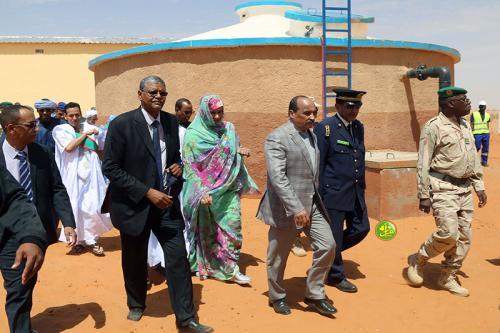 Le Président de la République visite la station principale de pompage des puits du champ de Nagatt