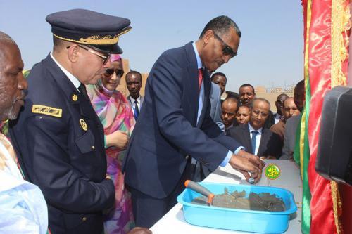 Le Premier ministre préside la cérémonie de pose de la première pierre pour la réalisation du programme de reconstruction des structures éducatives à Nouakchott