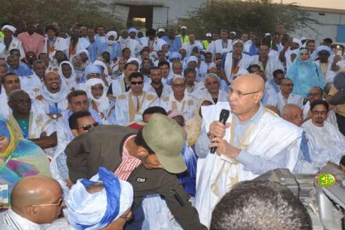 Le candidat Mohamed Cheikh Mohamed Ahmed Ghazwani préside un meeting électoral à Rosso