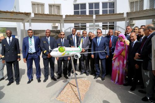 Le Président de la République visite la compagnie Mauritania Airlines