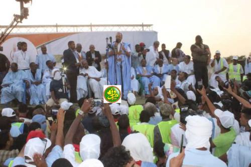 Le candidat Sidi Mohamed Ould Boubacar préside un meeting électoral dans la ville de Rosso