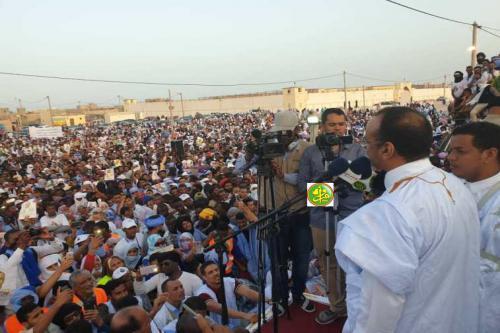 Le candidat Sidi Mohamed Ould Boubacar Ould Boussalef préside un meeting électoral à Nouadhibou