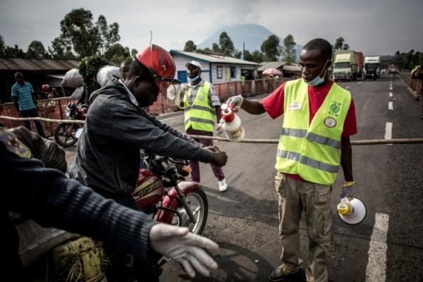 Ebola en RDC: état d'urgence mondial, près de 1.700 morts