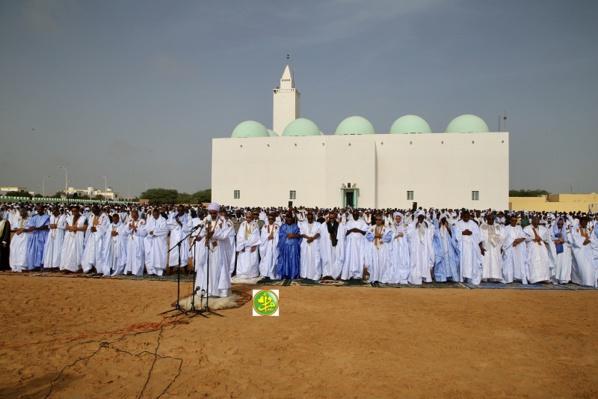 Le Président de la République effectue la prière d'l'Aïd El Adha à la Mosquée IbnaAbass