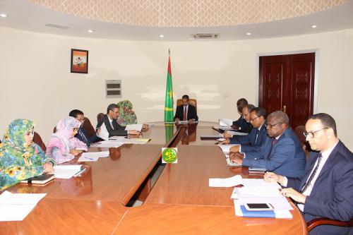 Le premier ministre préside une réunion du comité interministériel de l'assainissement