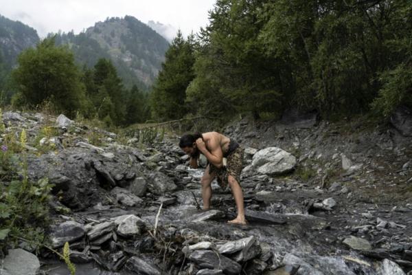 """L'homme de Neandertal avait développé """"l'oreille du surfeur"""" pour pêcher"""